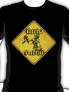 Mordecai Badass Crossing (Worn Sign) T-Shirt