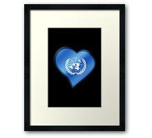 UN Flag - United Nations - Heart Framed Print