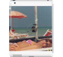 il costume da bagno.....il mare...la libertà.... iPad Case/Skin