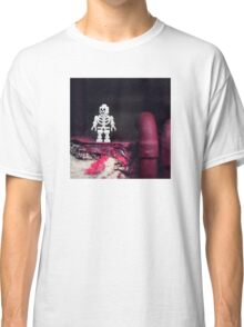 ::: { THE SKELETON } ::: Classic T-Shirt