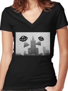 Aliens attack Warsaw Women's Fitted V-Neck T-Shirt