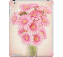 Beautifully staggered Bouquet of Daisies. iPad Case/Skin
