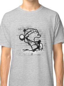 Snowball thrower Classic T-Shirt