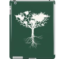 Earth tree *pearl white iPad Case/Skin