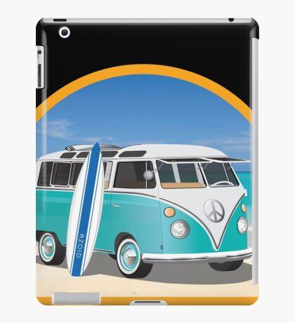 Split Window VW Bus Surfer Van on Beach Round iPad Case/Skin