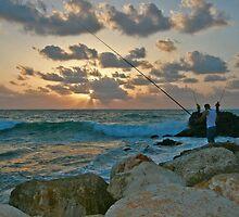 Fishermen at Sunset by Nira Dabush