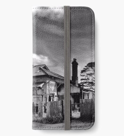 The Country Mansion iPhone Wallet