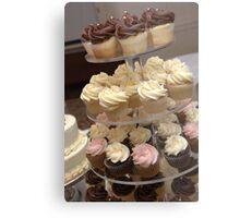 Everybody Love Cupcakes Metal Print