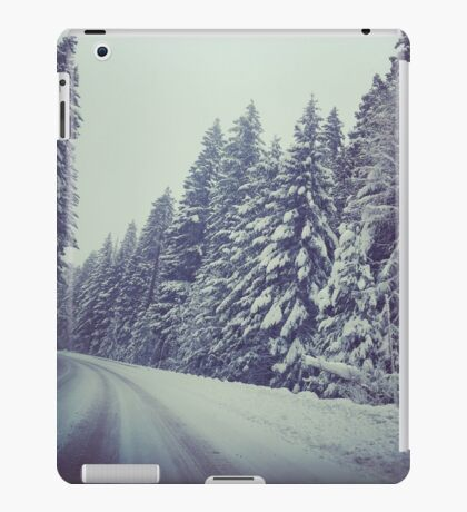 Snowy Pass iPad Case/Skin