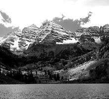 Maroon Bells in Black and White by bmead2