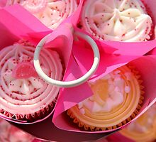 Pink cup cakes by shootingnelly