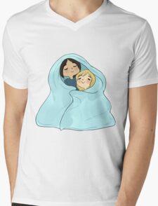yumikuri cuddles [SnK] Mens V-Neck T-Shirt