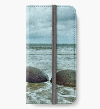 Moeraki No. 10 iPhone Wallet/Case/Skin