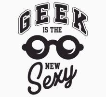 Geek is the new sexy! by nektarinchen