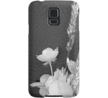 BLACK AND WHITE BUTTERCUP Samsung Galaxy Case/Skin