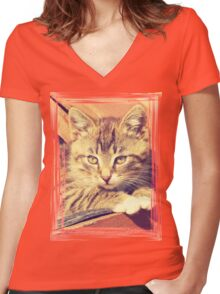 Retro Kitten Photo Women's Fitted V-Neck T-Shirt