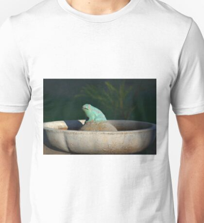 FROG IN A POND Unisex T-Shirt