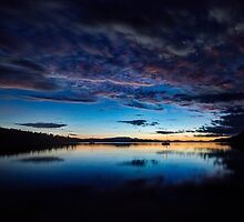 Sunset over Trincomali Channel, BC. by toby snelgrove  IPA