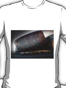 Wales Millennium Centre AKA Cardiff bay golden armadillo T-Shirt