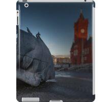 War Memorial Cardiff Bay iPad Case/Skin