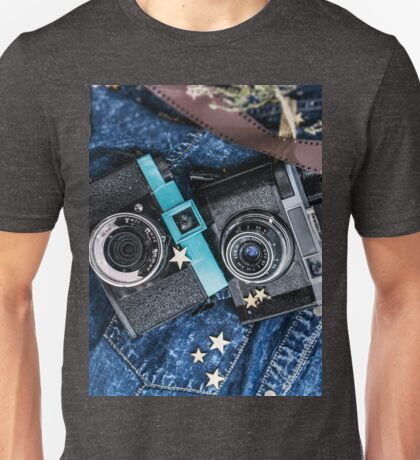 Old vintage cameras. Analogue photography. For photography lovers Unisex T-Shirt