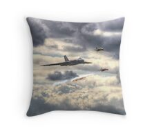 Avro Vulcan And The Gnat Display Team Dunsfold 2014 - HDR Throw Pillow