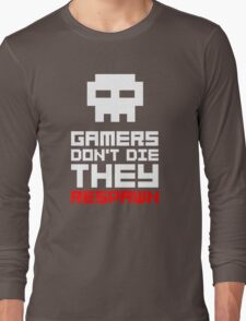 Pixel Skull Gamers Don't Die Long Sleeve T-Shirt