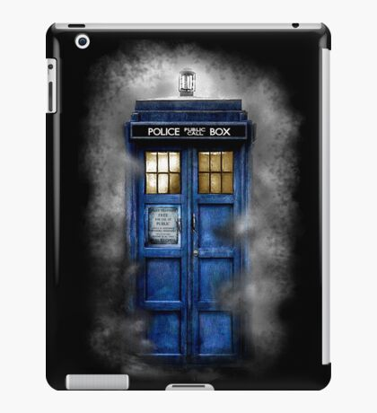 Haunted blue phone booth iPad Case/Skin
