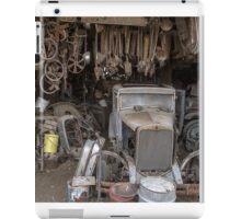 Hupmobile in Garage - Toppenish WA iPad Case/Skin