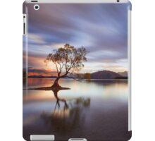 One Calm Tree iPad Case/Skin