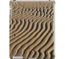 striped patterns in the sand iPad Case/Skin