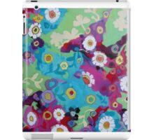 Bloom field - Magenta iPad Case/Skin