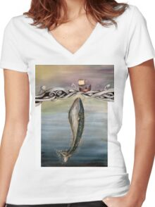 Jonah and the whale Women's Fitted V-Neck T-Shirt