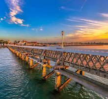 Yarmouth Pier and Harbour by manateevoyager
