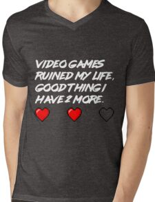 The life of gamers Mens V-Neck T-Shirt