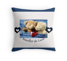 Traveller de Luxe Throw Pillow