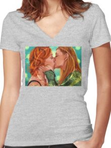 Love is Powerful Women's Fitted V-Neck T-Shirt