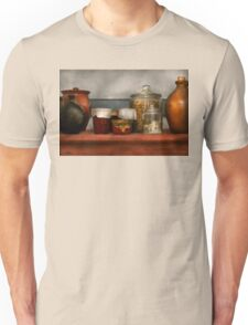 Chef - Aunt Bessie's mantle Unisex T-Shirt