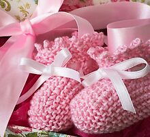 Baby Booties - Pink 5 by Ellesscee