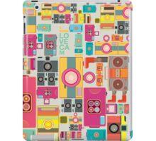 VIntage camera pattern wallpaper design iPad Case/Skin