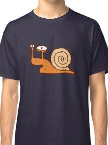 Cute funny cartoon snail Classic T-Shirt