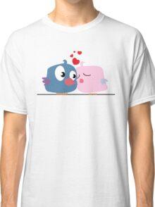Two cartoon birds kissing Classic T-Shirt