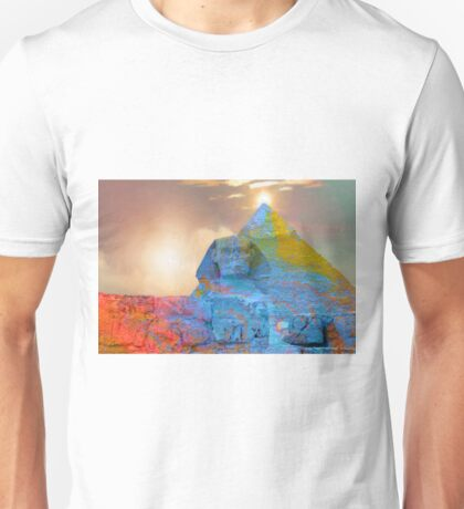 Sacred Places - The Great Sphinx of Giza in front of The Great Pyramid Unisex T-Shirt