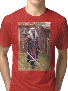 Monsters against Hobbits  5  Olao-Olavia by Okaio Créations fz 1000  c (h) Tri-blend T-Shirt