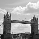 Tower Bridge by Sparowsong