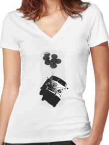 Balloon Bus Women's Fitted V-Neck T-Shirt