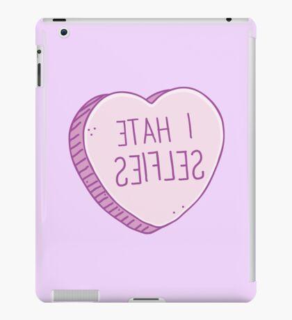I HATE SELFIES (backwards for a selfie!) iPad Case/Skin