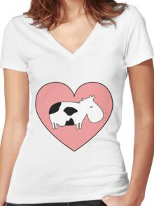 Cow Love Women's Fitted V-Neck T-Shirt