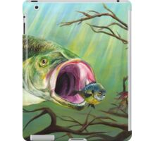 Large Mouth Bass and Clueless Bait Fish iPad Case/Skin