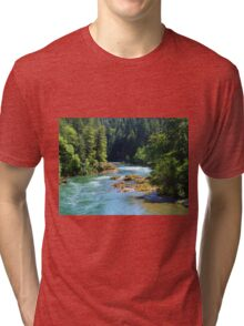 BEAUTIFUL FLOWING OREGON RIVER IN THE WOODS Tri-blend T-Shirt